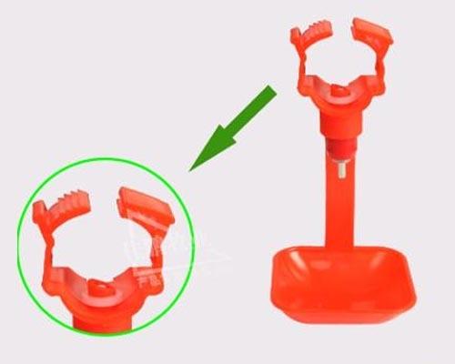 钢球连体一体吊杯自动饮水器乳头式